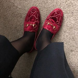 Authentic Gucci Red Velvet GG Loafer US6